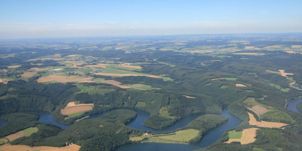 Lac de la Haute-Sûre dans les Ardennes Luxembourgeoises